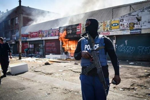 One of the Nigerian owned shop being razed by the looters in Pretoria Business District on Wednesday, 28-08-2019