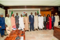 Hon. Minister of Works & Housing, Mr Babatunde Fashola,SAN (middle), Minister of State in the Ministry, Engr. Abubakar Aliyu (6th left), Permanent Secretary, Works & Housing, Mr. Mohammed Bukar (5th left), Chairman, Board of Directors of the Federal Mortgage Bank of Nigeria, Dr. Adewale Adesoji Adeeyo (6th right), Managing Director of the Bank, Arch. Ahmed Dangiwa (4th left) and others in a group photograph shortly after a courtesy visit by the Board of Directors of the Federal Mortgage Bank of Nigeria(FMBN) at the Ministry of Works & Housing, Headquarters on Thursday, 29th August 2019.