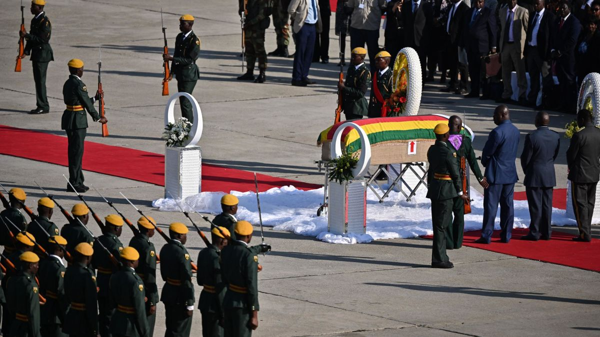 Mugabe to be buried at national monument: family