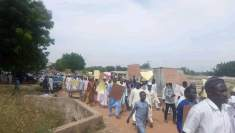 Residents of Karaye Emirate protesting against the nullification of the new Kano Emirates by the court