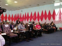 cross section of dignitaries at the launch of the U=U campaign