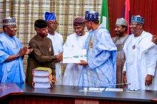 President Buhari signing 2020 budget 4