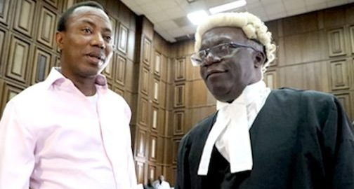 Femi Falana SAN. and Omoyele Sowore in court [Photo: Thenigerianlawyer.com]