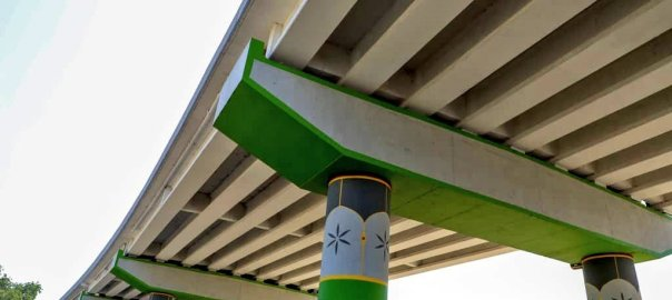 Vice President, Professor Yemi Osinbajo in Kano commissions the enormous Aminu Dantata Bridge at Sabon Gari Market. [PHOTO CREDIT: @BashirAhmaad]