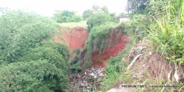 Gully behind block of flats in University of Benin, Oredo LGA of Edo state.