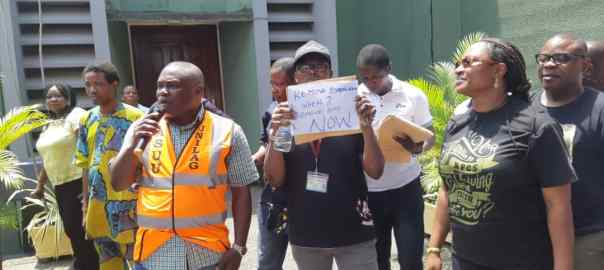 UNILAG: Lecturers protesting against Babalakin over convocation postponement
