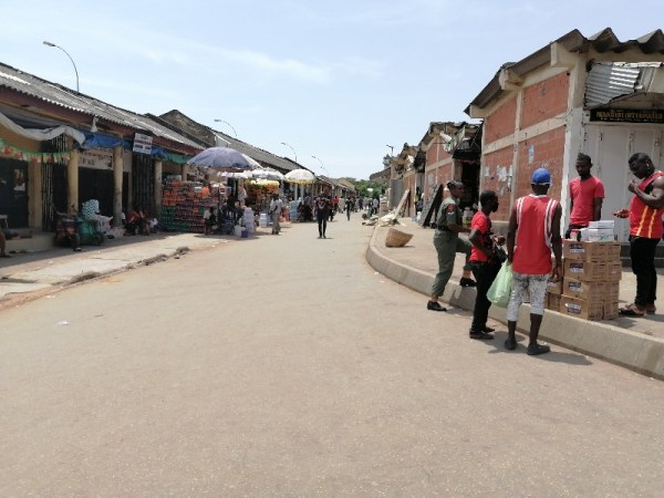 Sellers and buyers at Wuse market