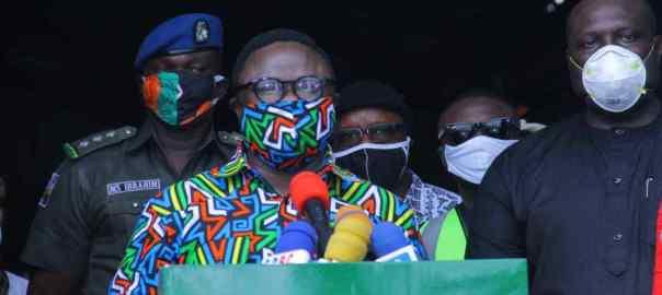 Ben-Ayade wearing cloth masks [PHOTO: Youtube]