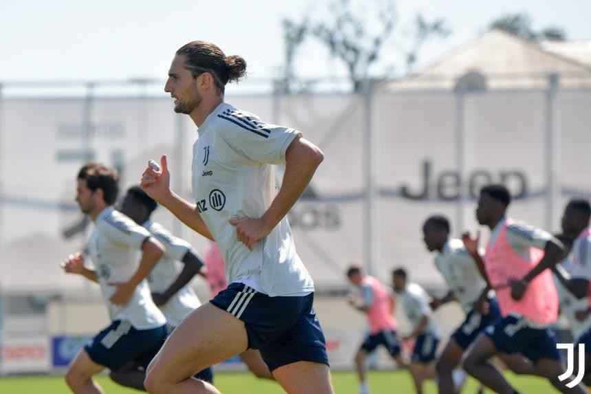 Juventus training session [PHOTO CREDIT: @juventusfcen]