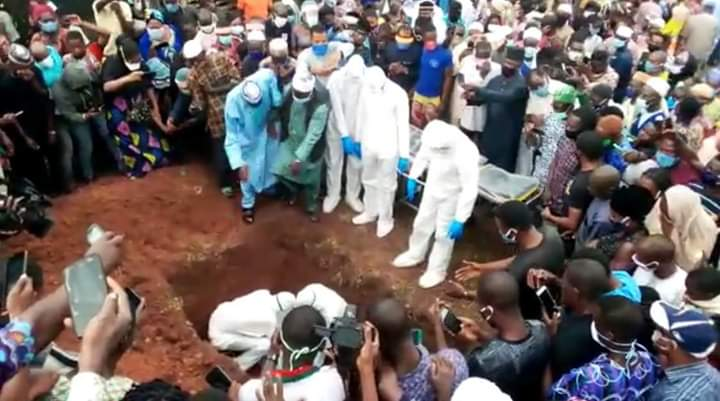 Residents fail to observe social distancing at the burial of the Ondo State Commissioner for Health, Wahab Adegbenro, in Akure.