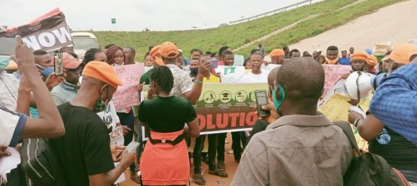 #RevolutionNow action in Ore, ONDO [PHOTO CREDIT: @YeleSowore]