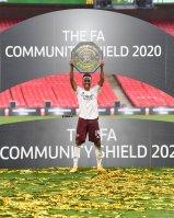 Arsenal wins the CommunityShield [PHOTO CREDIT: @Arsenal]