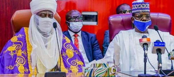 Governor Bello Mohammed (Matawallen Maradun) with the Emir of Kano, Alhaji Aminu Ado Bayero at Government House Gusau.