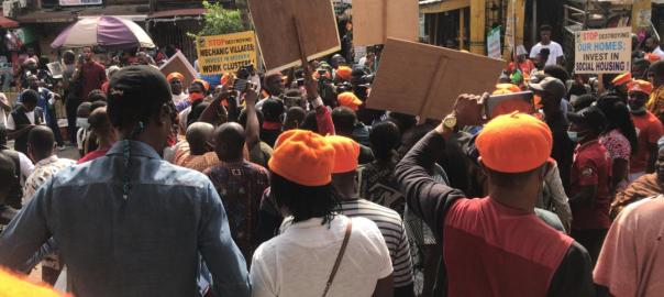 #RevolutionNow: Nigerian protest bad governance. [PHOTO CREDIT: Omoyele Sowore]