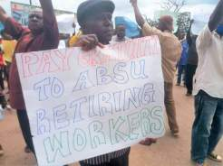Abia university staff protest non-payment of salaries