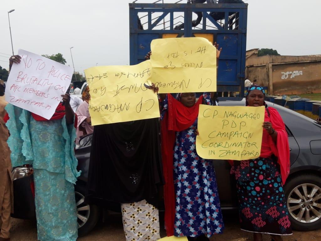 Protesters in Zamfara police headquarters