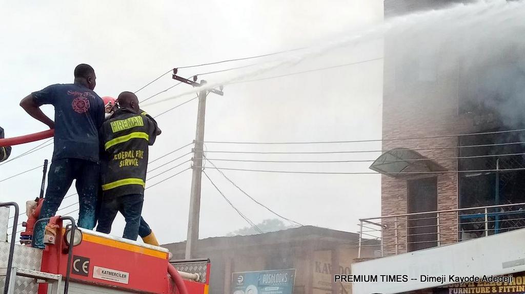 Fire guts electronics mall in Abeokuta