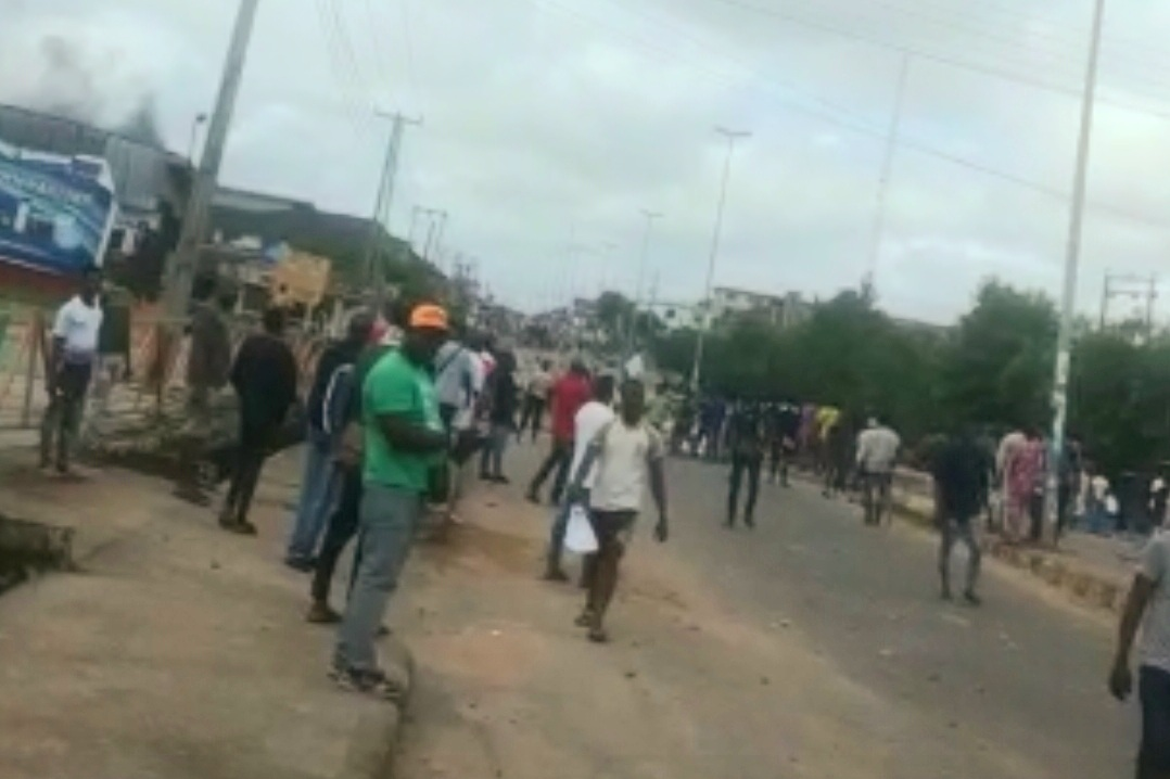 Scene from Yaba Street in Ondo town after Police opened fire on protesters