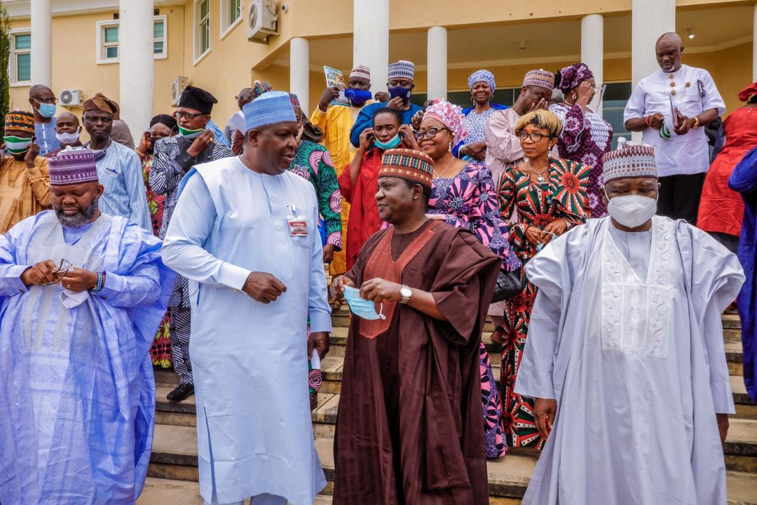 Plateau State governor, Simon Bako Lalong, hosted the Technical Committee for NAFEST 2020 who paid me a visit at the Government House Little Rayfield Jos. [PHOTO CREDIT: Twitter handle of Mr Lalong]