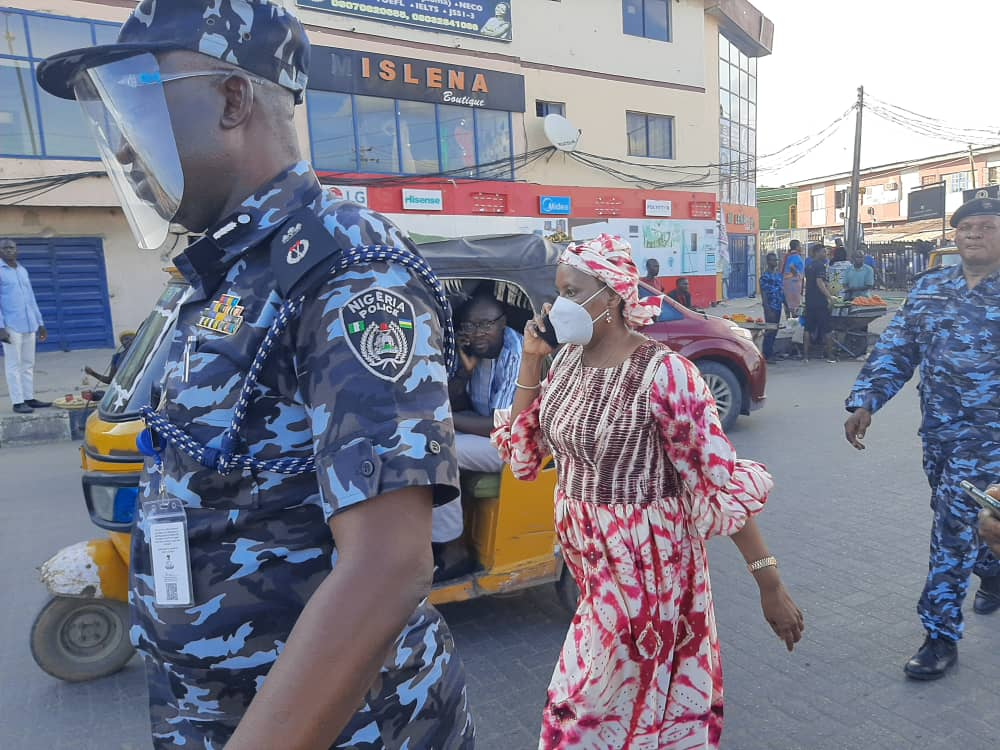 Hakeem Odumoso, Lagos Commissioner of Police and other officers take a walk to their destination