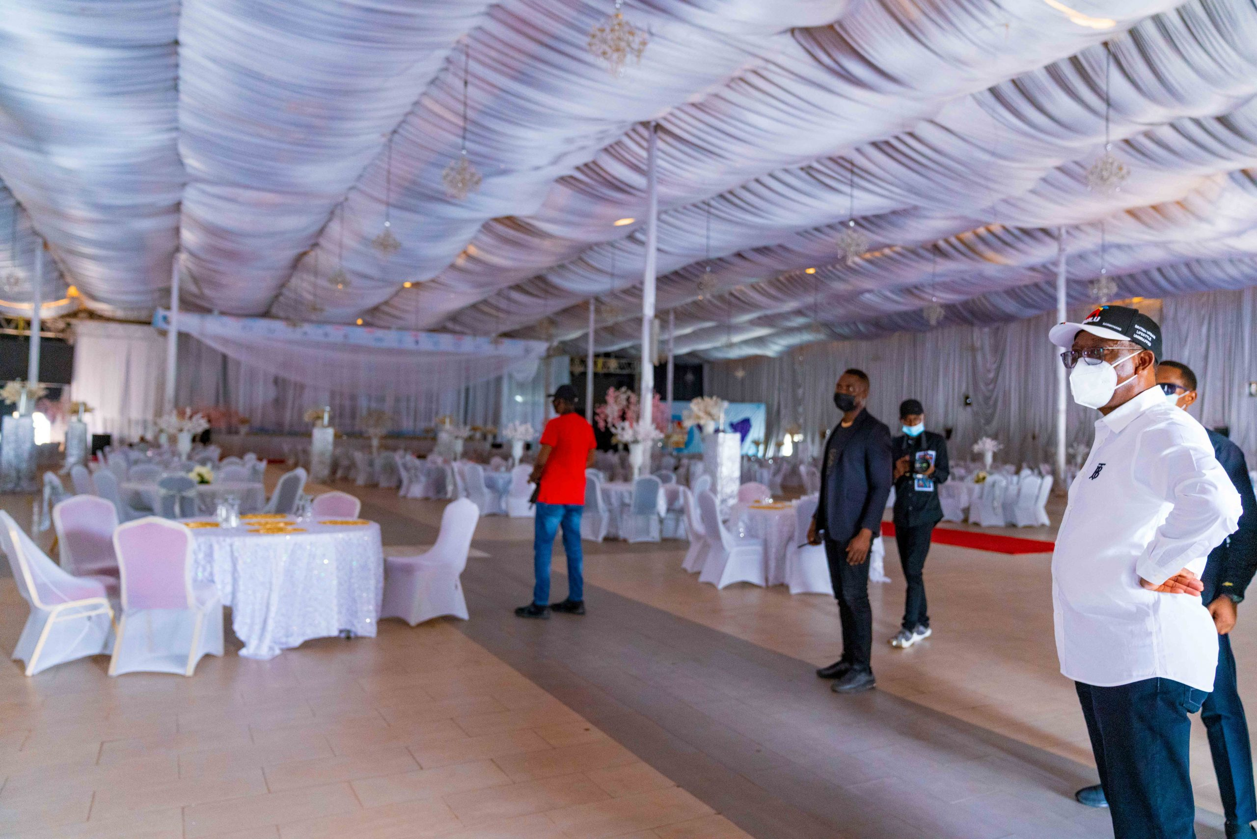 Delta Governor,  Senator Dr. Ifeanyi Okowa at the Event Centre,  Asaba to let the  public know that the centre is no longer having food stuff( (CACOVID Palliatives)as was wrongly circulated in the media .