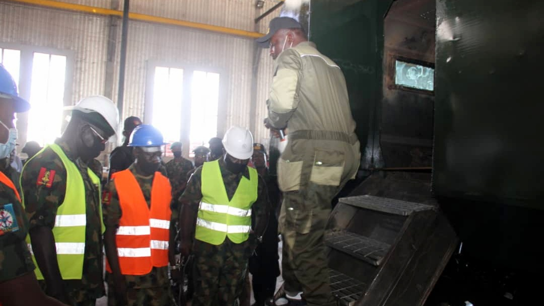 WAR ON TERROR, ANTI BANDITRY OPERATIONS: Gen Buratai Tours Command Engineering Depot Kaduna. [PHOTO CREDIT: Twitter handle of the Nigerian Army]
