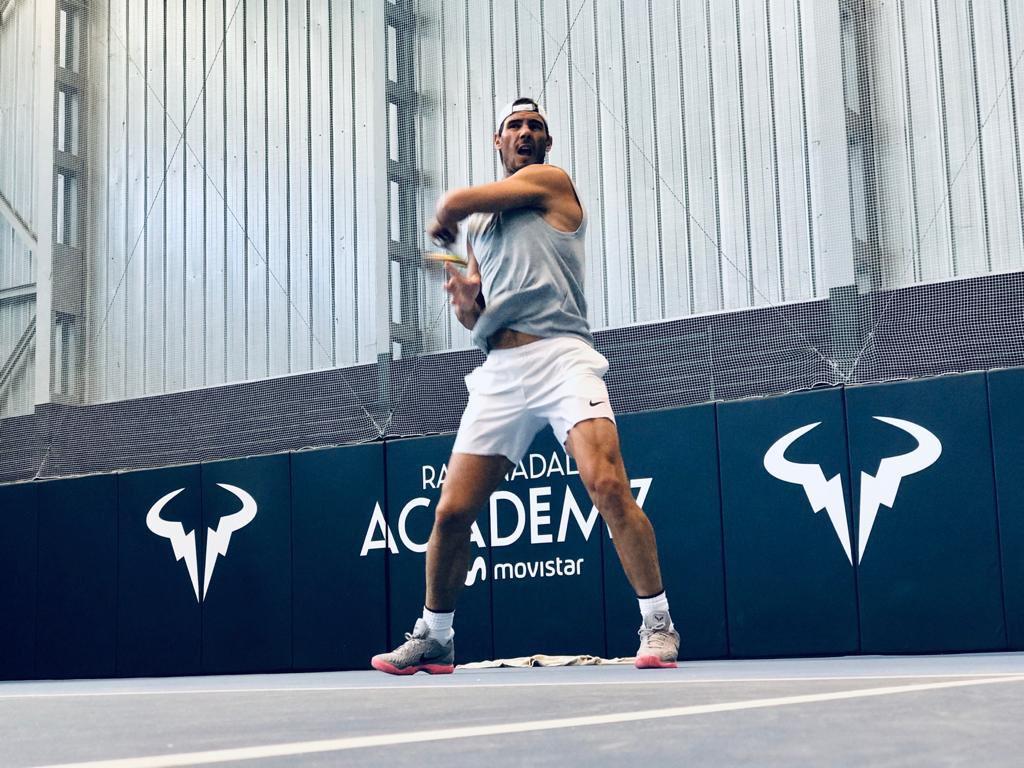 Nadal charges into Paris Masters quarter-finals