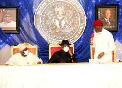 Pix 5. From left; Representative of the President, and Chief of Staff to the President, Amb.Ibrahim Gambari; Governor of River State, Barr. Nyesom Wike and his Delta counterpart, Senator Dr. Ifeanyi Okowa , during the South-South Leaders Meeting with the Presidential delegation held in Government House, Port Harcourt. Teusday 24/11/20. PIX: JIBUNOR SAMUEL.