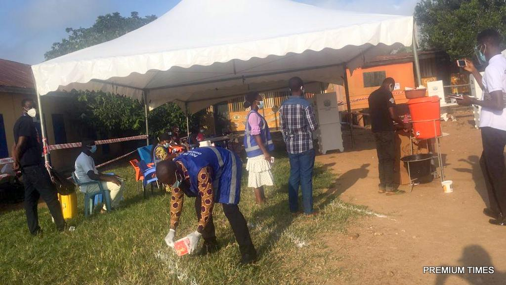 Voting has begun at the Rock of Ages polling station, Kyebi, in Ghana's Eastern Region. The president is expected to vote here.