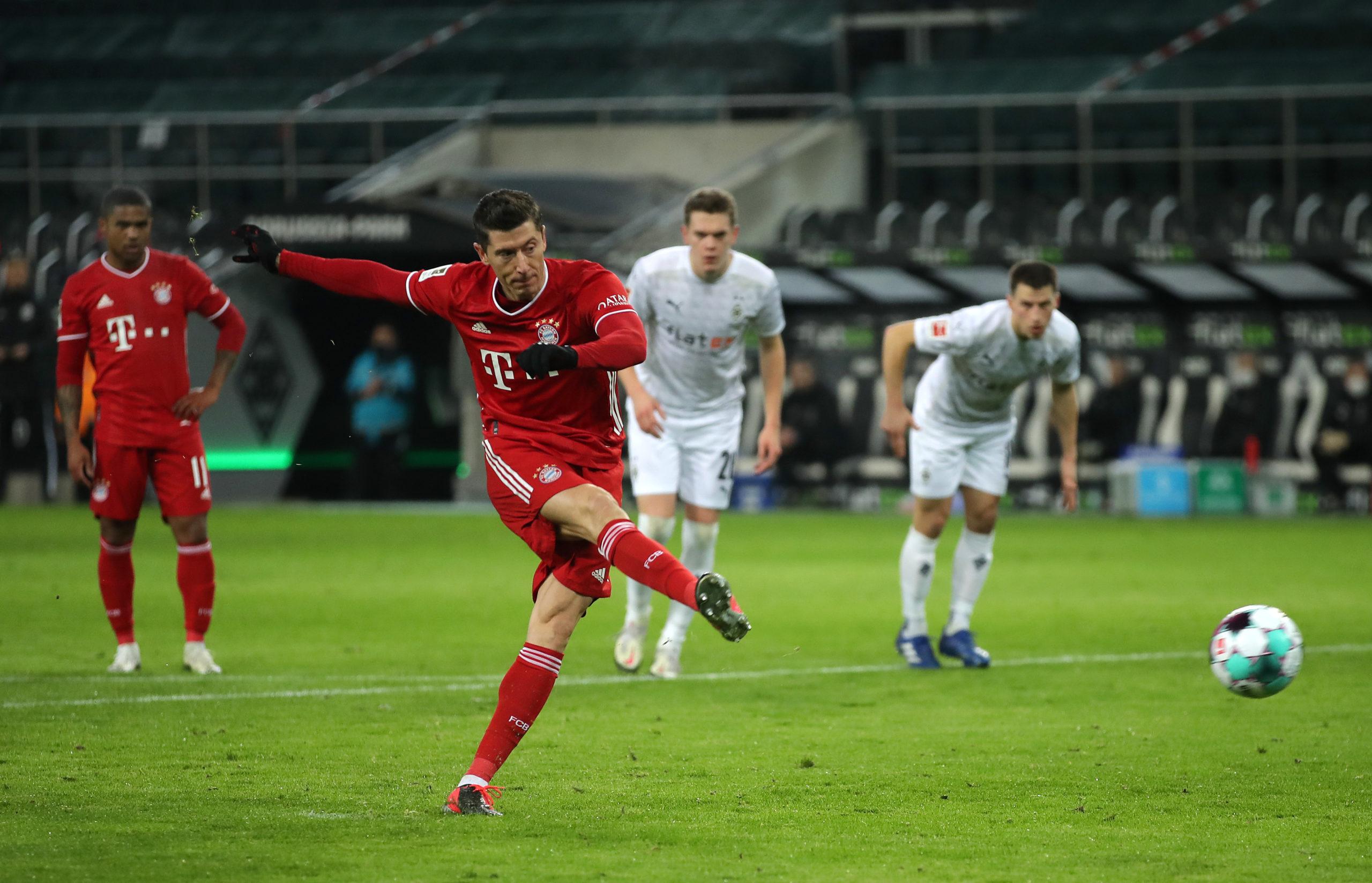 Bayern Munich against Borussia Monchengladbach [PHOTO CREDIT: @FCBayernEN]