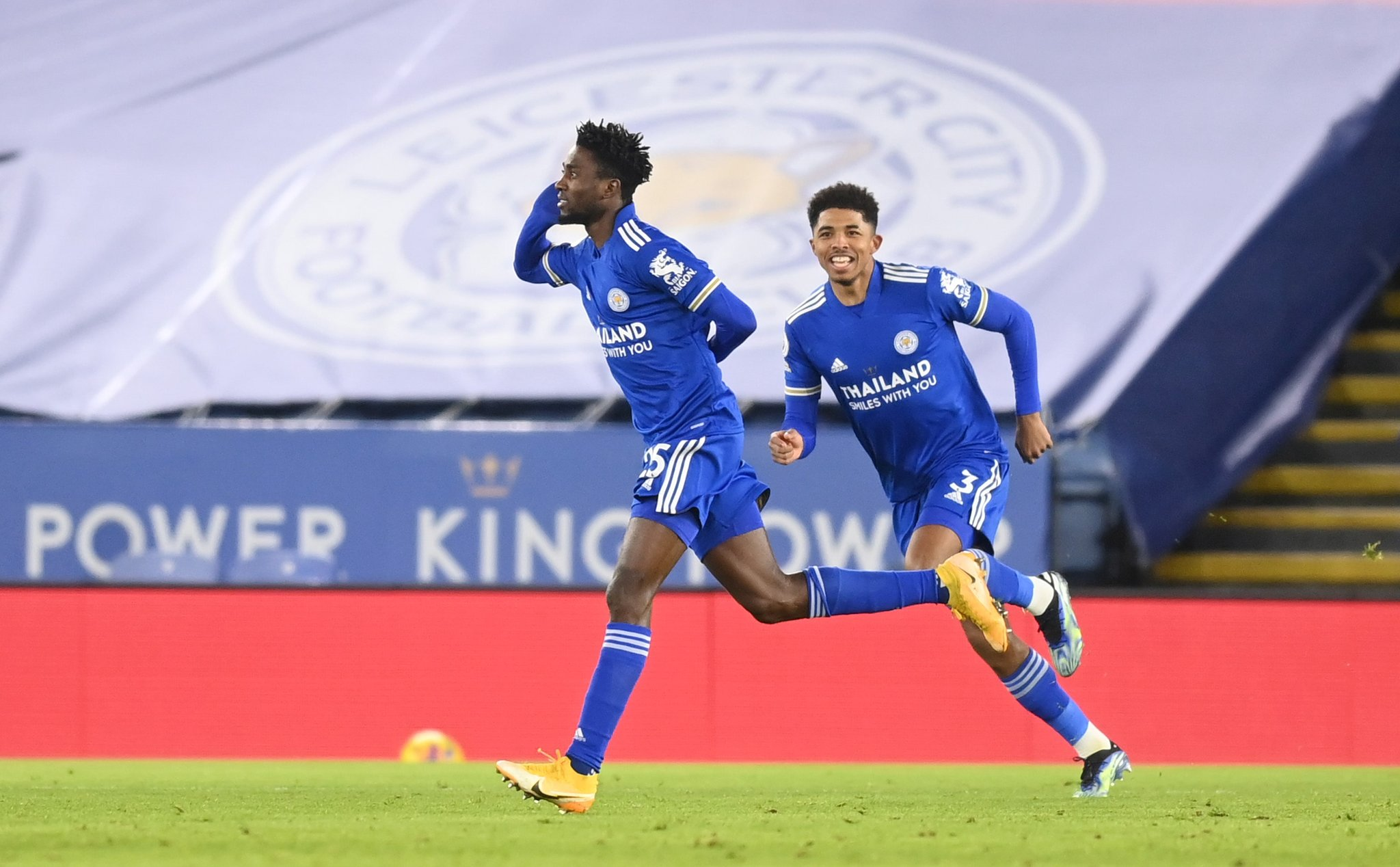 Ndidi's first league goal sends Leicester top of the EPL table