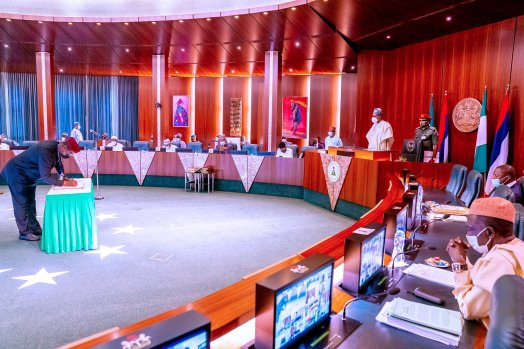President Muhammadu Buhari currently presiding over the first Federal Executive Council (FEC) Meeting of the year 2021. [PHOTO CREDIT: @BashirAhmaad]
