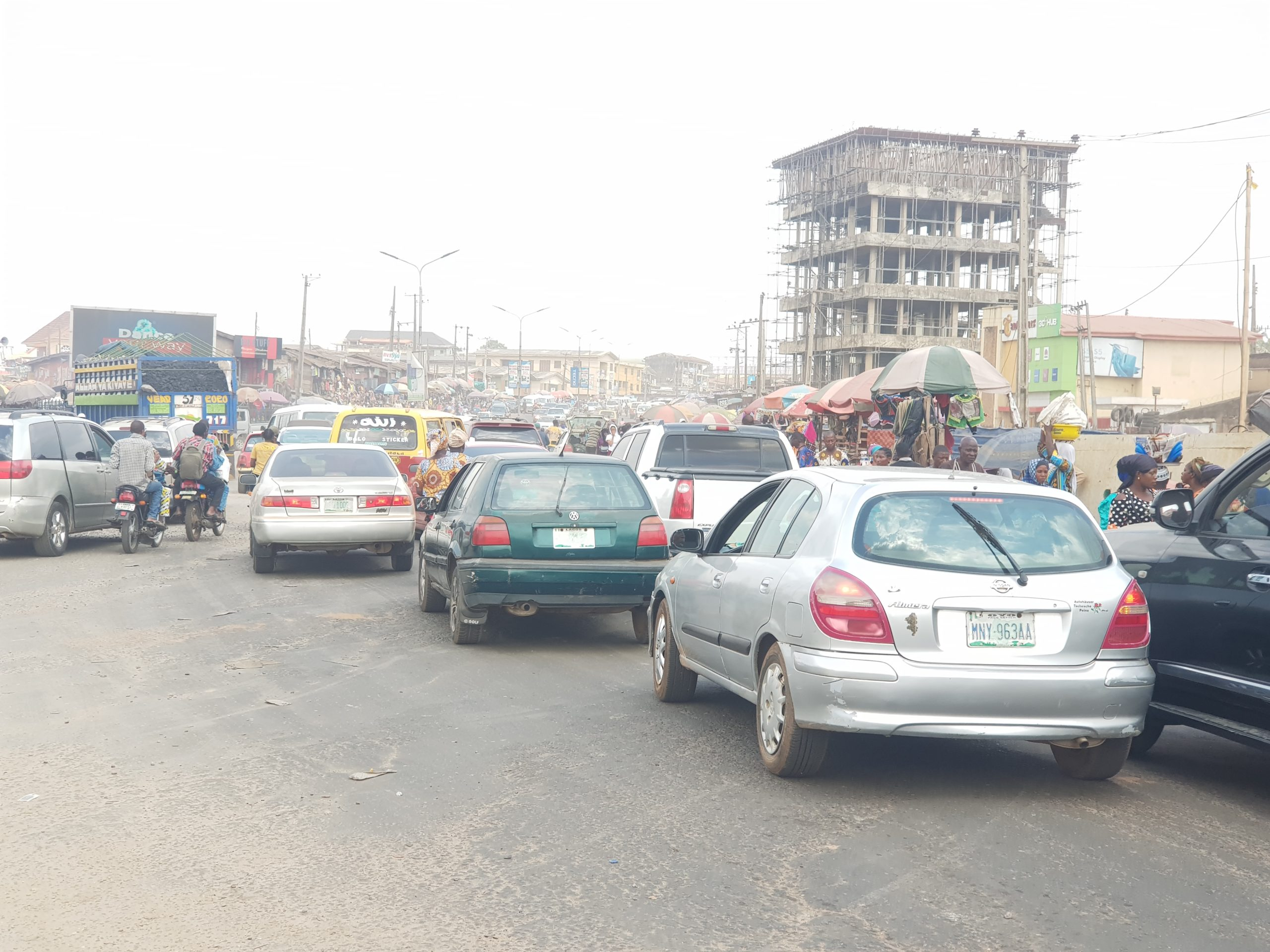 Poor road management in Ibadan makes the road congested