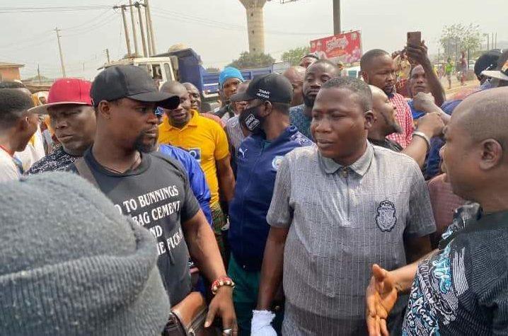 Sunday Igboho arrives Ogun heavily guarded