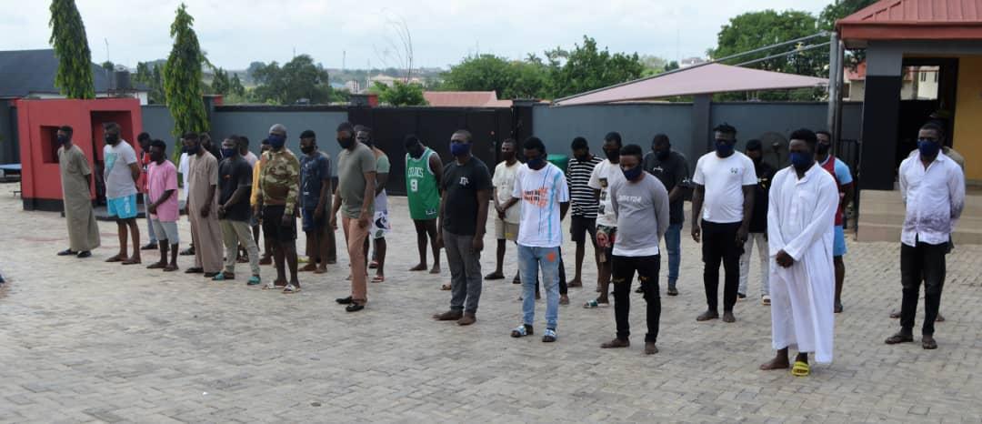 Deserter soldier, 33 others arrested