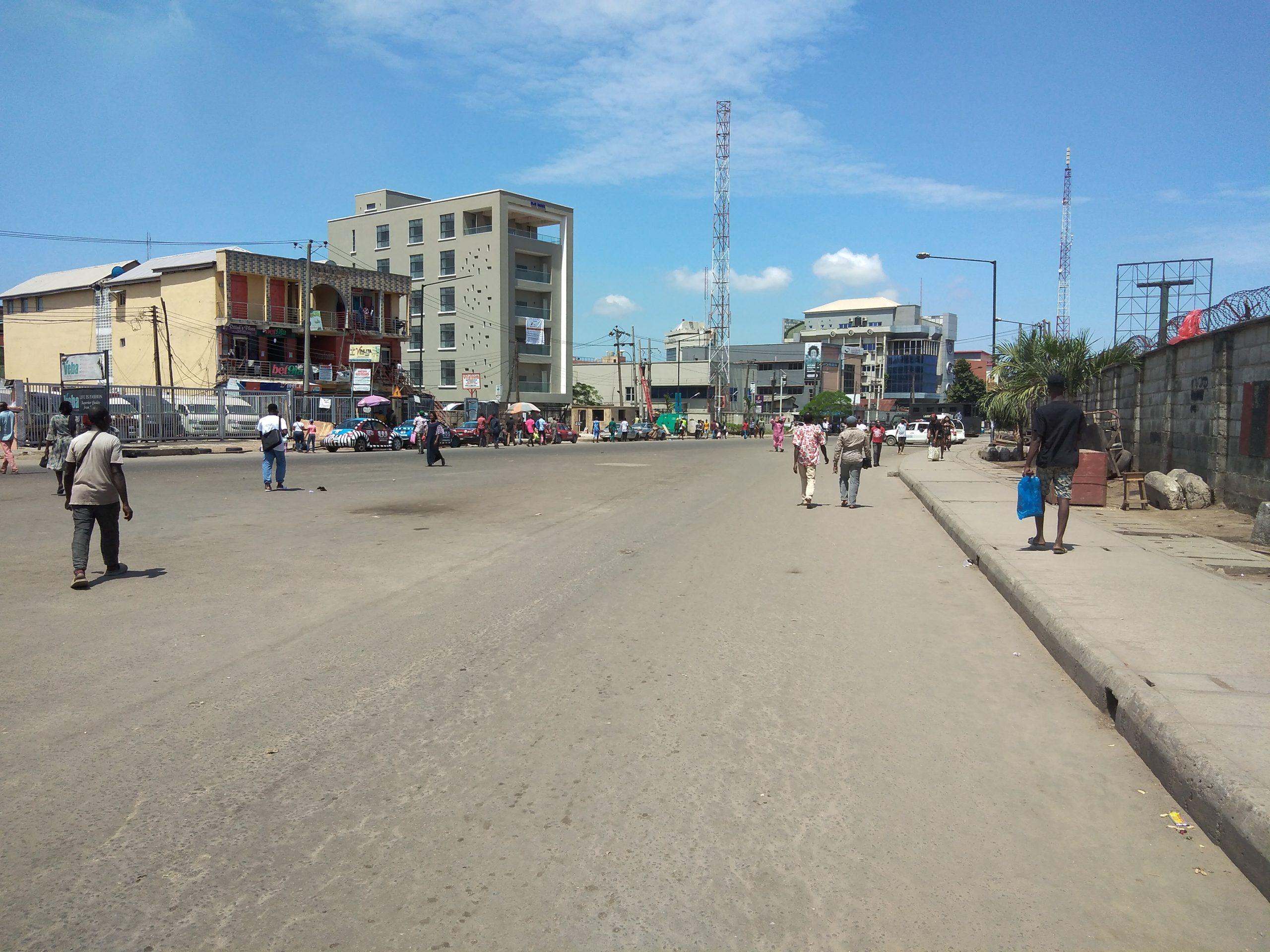 Markets shut, roads blocked, commuters stranded as Buhari innaugurates Lagos Ibadan rail project