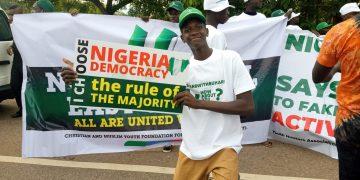 pro-Buhari protesters