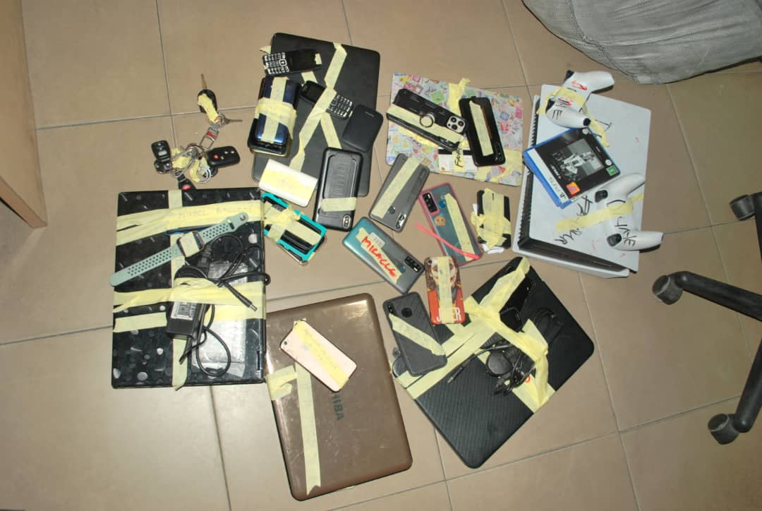 Items recovered from the suspected Internet fraudsters