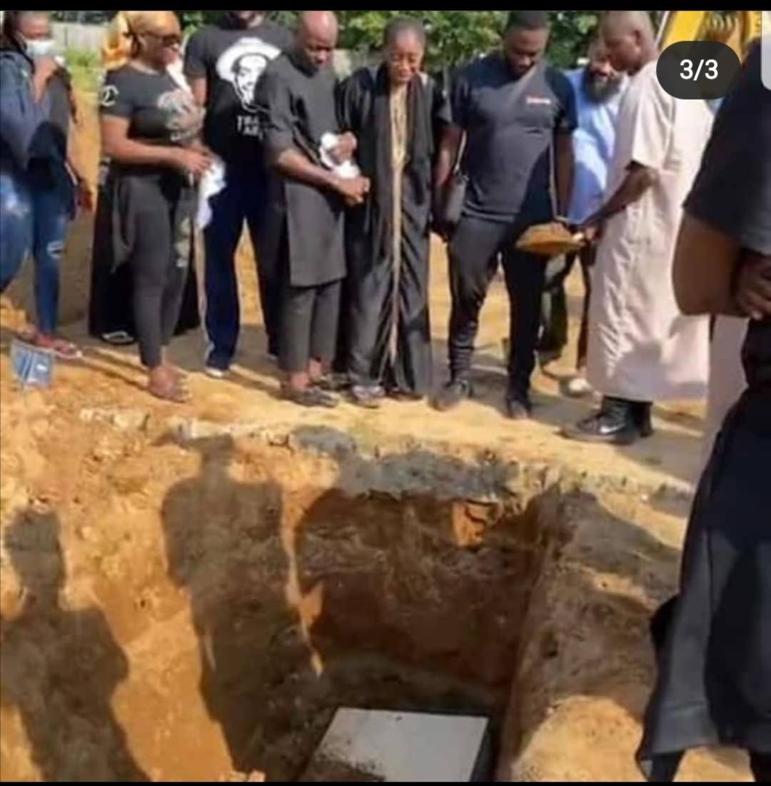 Sound Sultan's burial