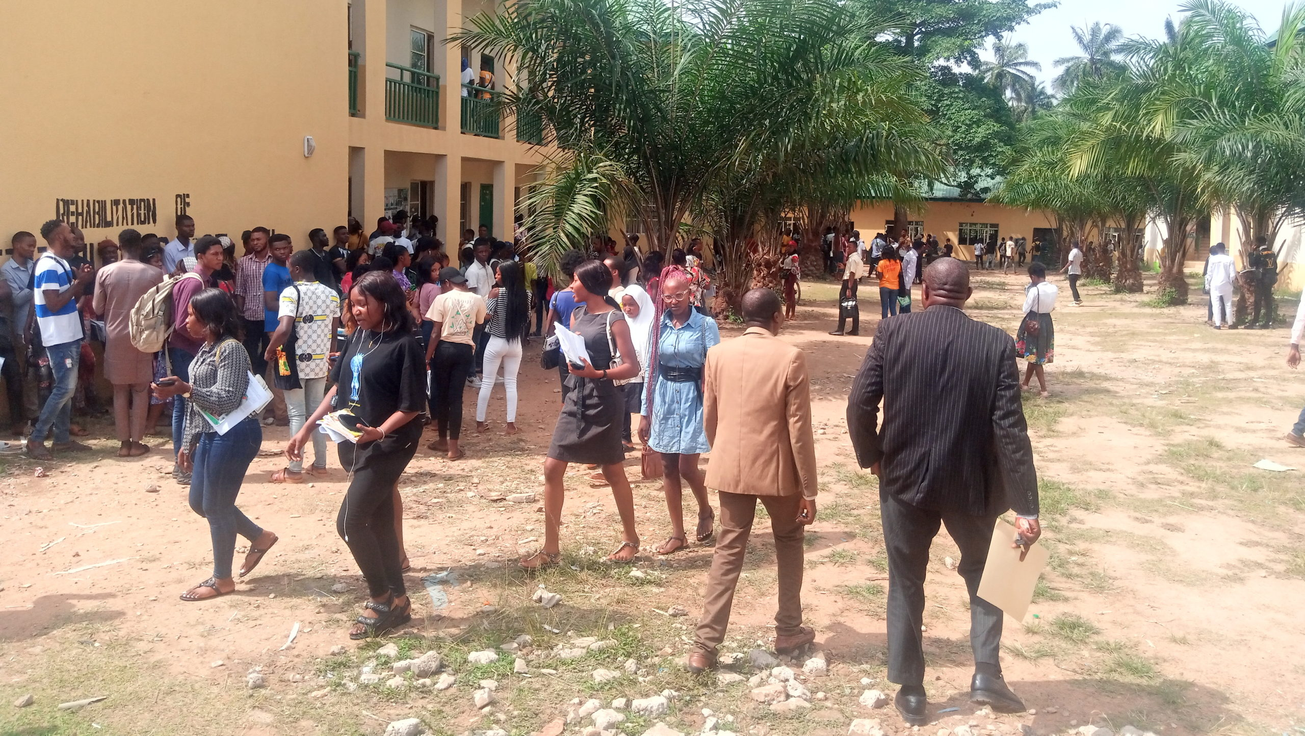Students loitering around while their class holds in the Faculty of Arts, Federal University Oye-Ekiti.