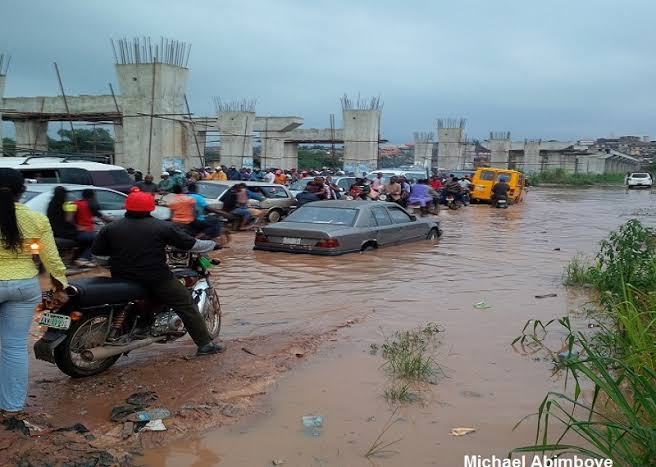 Poor road in Alagbole-Akute, an Ogun border community.