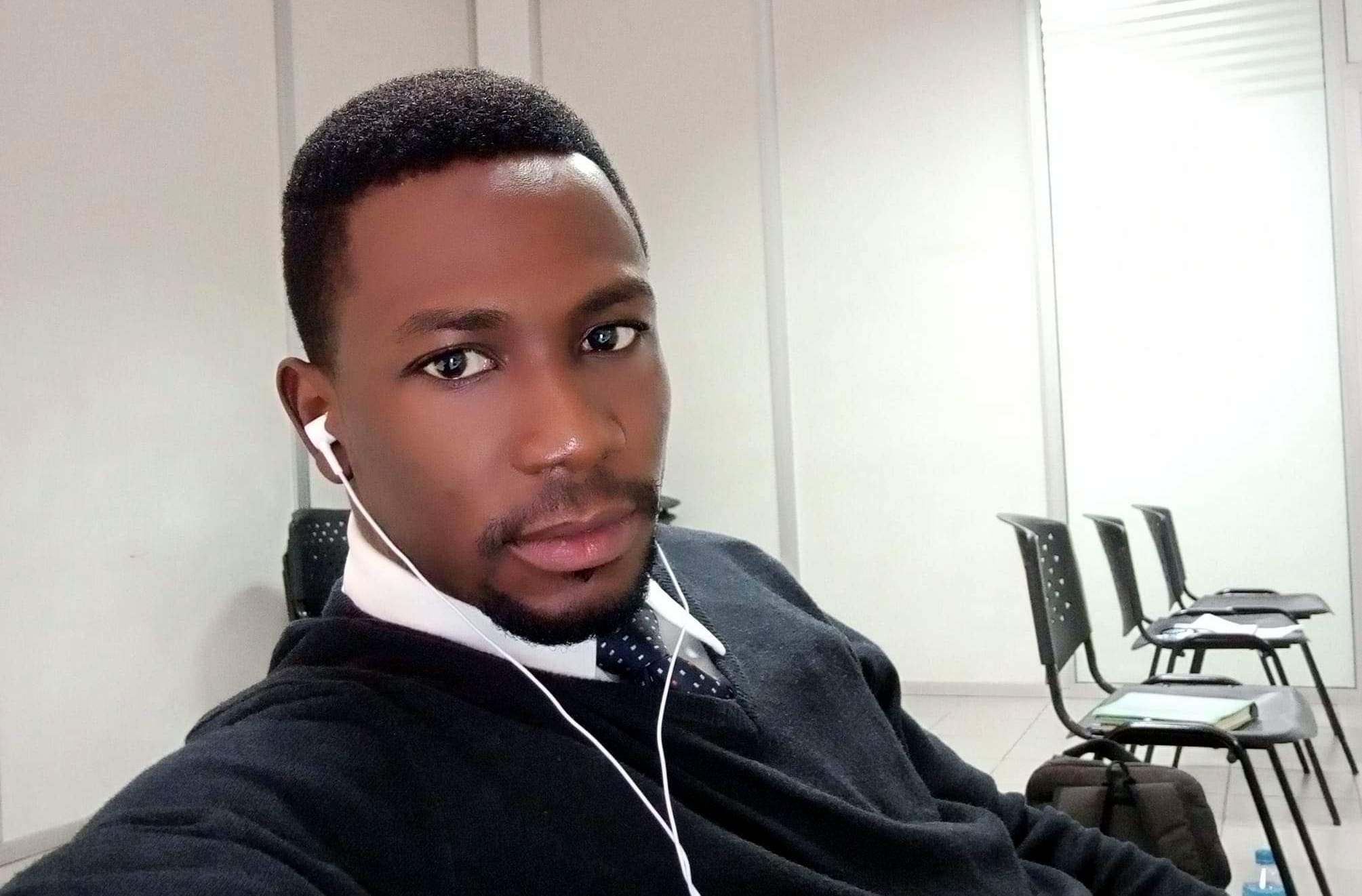 Late Adekunle Adewale, a staff member of Overland Airways. [PHOTO CREDIT: Facebook page of Mr Adekunle]