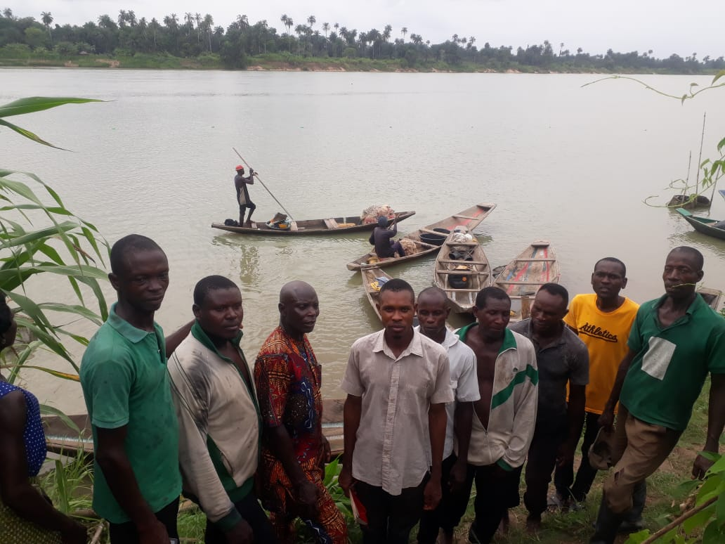 Picture of Famgbe fishermen