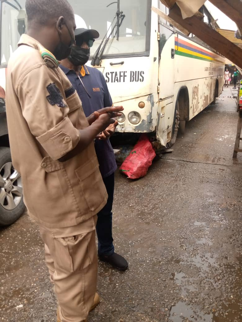 Immigration CG disguises as passport applicant in Lagos, apprehends 'corrupt' officers