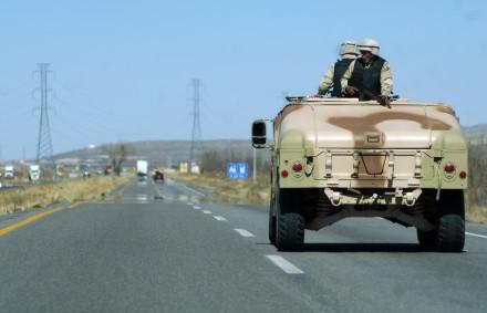 Militares durante un operativo en Chihuahua. Foto: Eduardo Miranda.