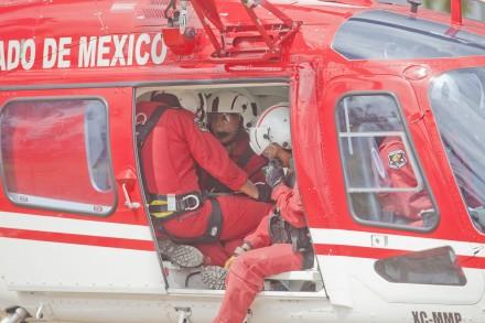 Utiliza Laura Bozzo helicóptero del Edomex para llegar a grabación en Coyuca, Guerrerro. Foto: Eduardo Miranda