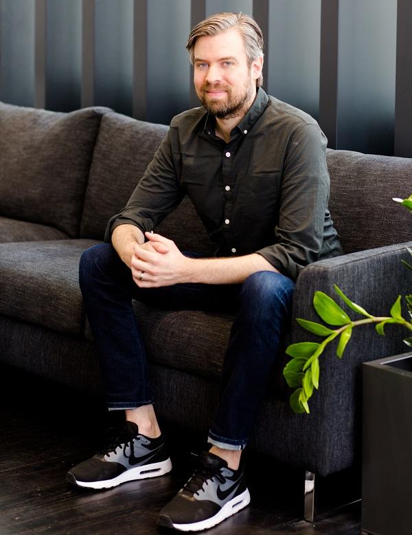 Interior Define Adds Stores Upholstered Beds Furniture