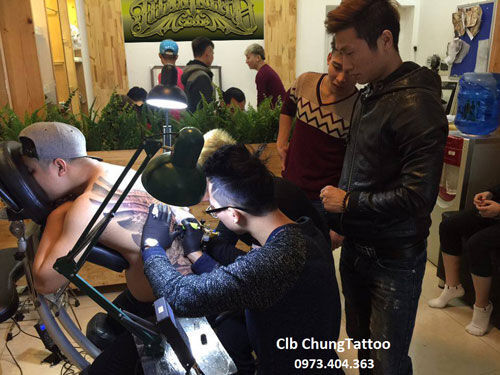 Anh-Cua-Hang-1-2093394