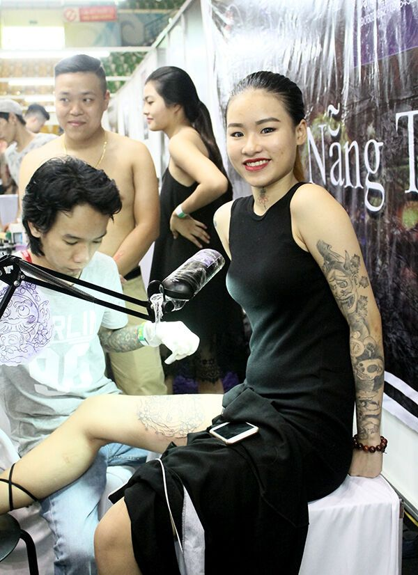 Nhung-Bong-Hong-Ca-Tinh-Tai-Dai-Hoi-Xam-Hinh-Ha-Noi-5670571