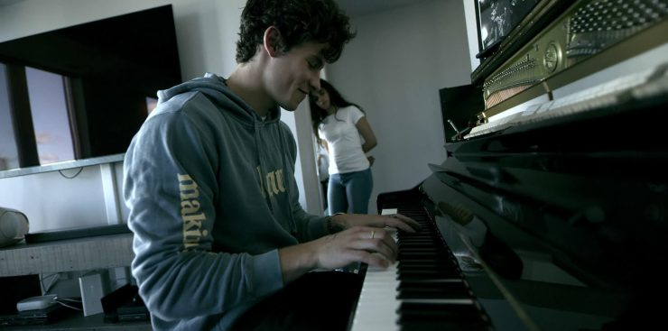 'Shawn Mendes: In Wonder' review: Tender/feel-good behind the scenes look
